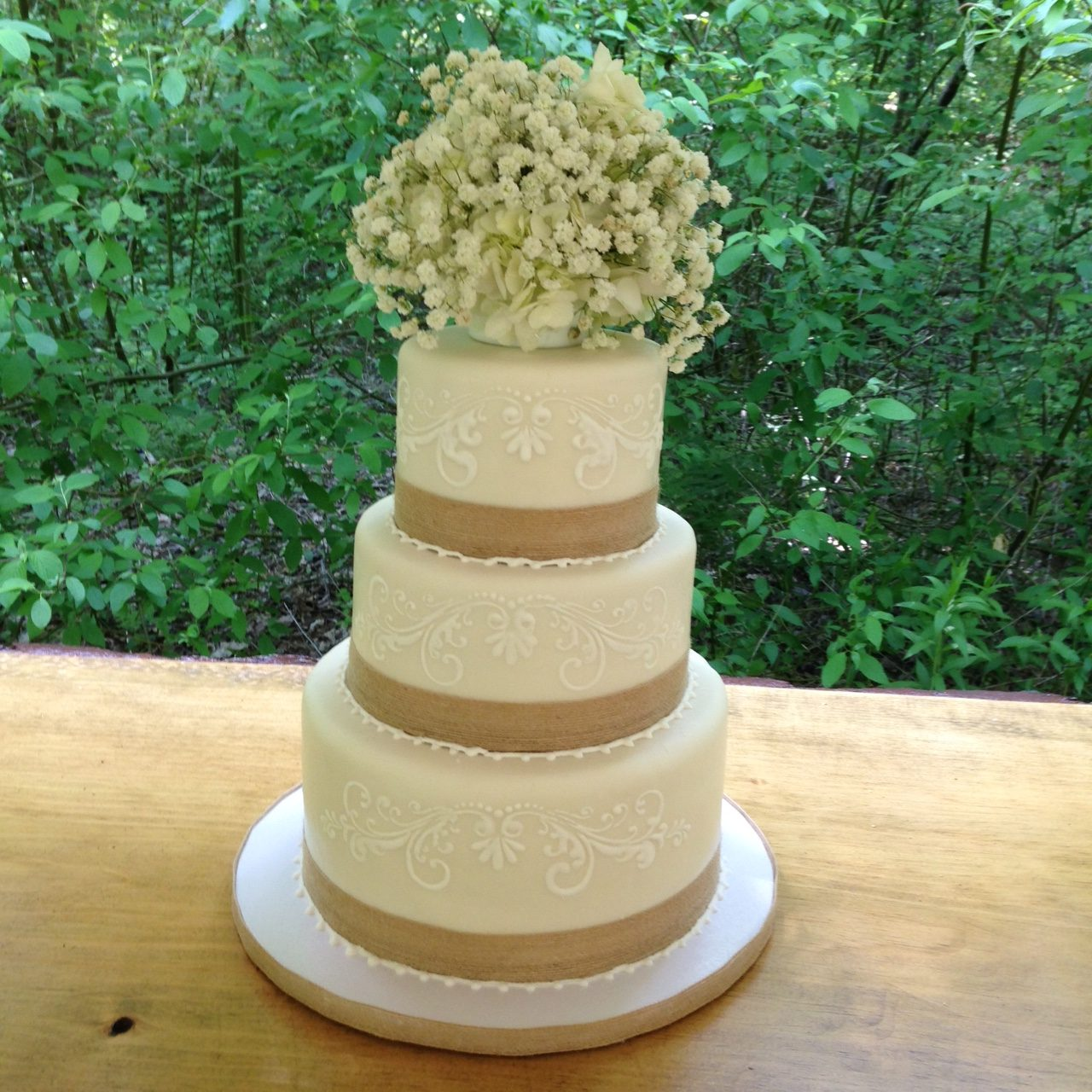 Wedding Cake with burlap