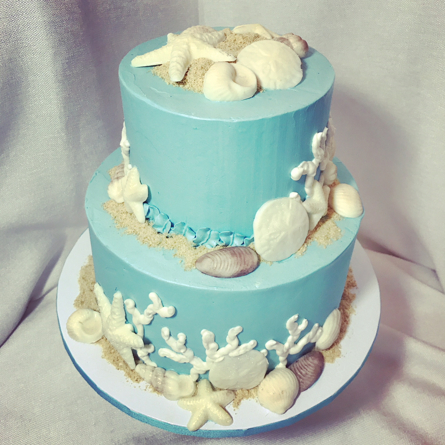 Blue sea shell cake