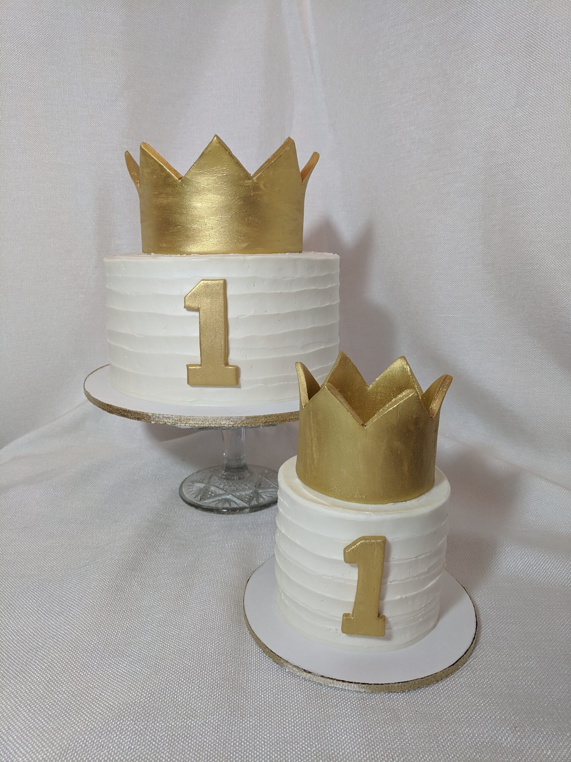 First Birthday crown cakes